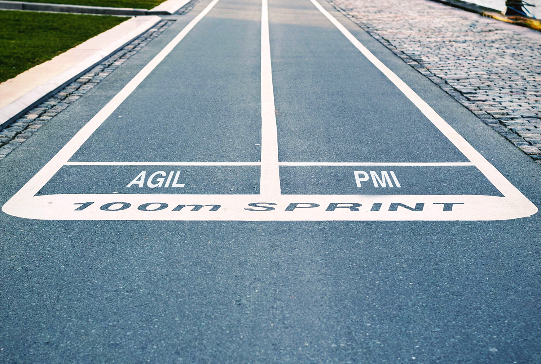 Warum wir den agilen Ansatz mit klassischen PMI-Standards kombinieren